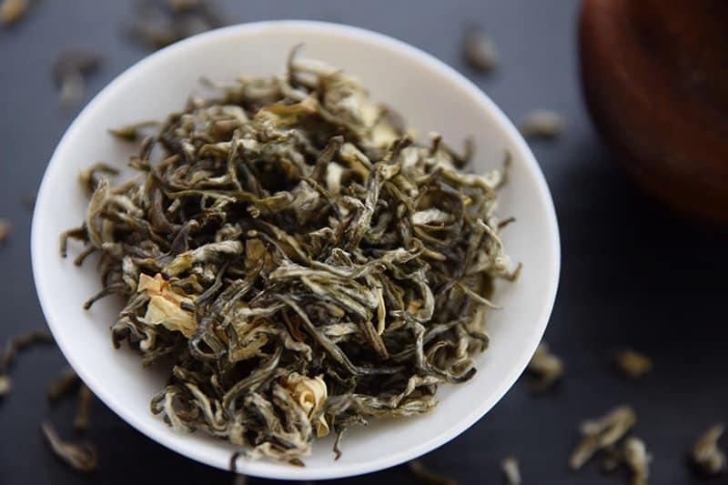 Xu Gong Cha (Bi Tan Piao Xue) - Jasmine Green Tea closeup