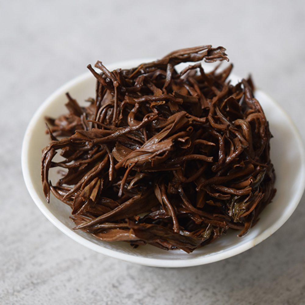 Keemun brewed leaves